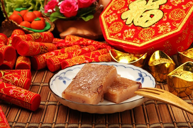 12++ Traditional Chinese New Year Foods