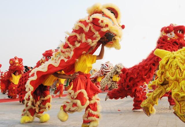 Chinese New Year Lantern Festival lion dance